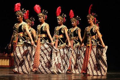 Tari Serimpi Yogyakarta Tari Serimpi Adalah Tari